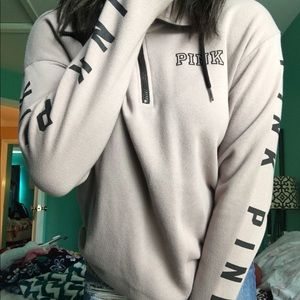 Long sleeve pullover